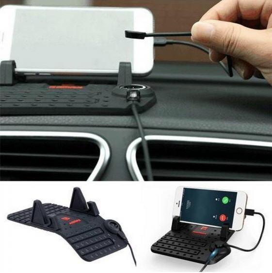 گیره موبایل داخل ماشین